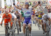 Photos : 18/06/2011 - Boucles de la Mayenne (Etape 2 - Saint-Denis-du-Maine - Evron )
